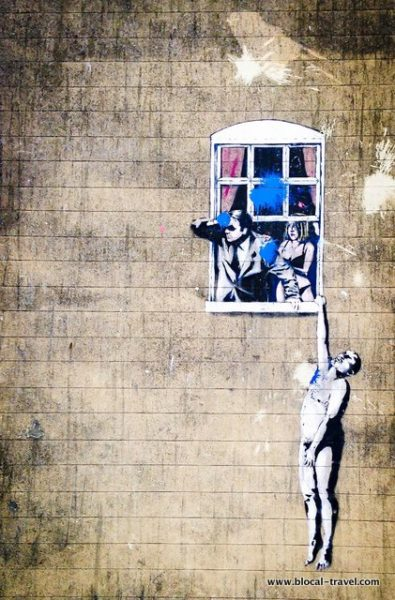 Where to find banksy murals in bristol for Banksy mural painted over