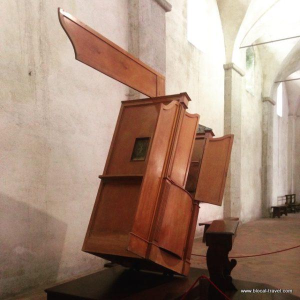 basilica san gennaro extra moenia naples