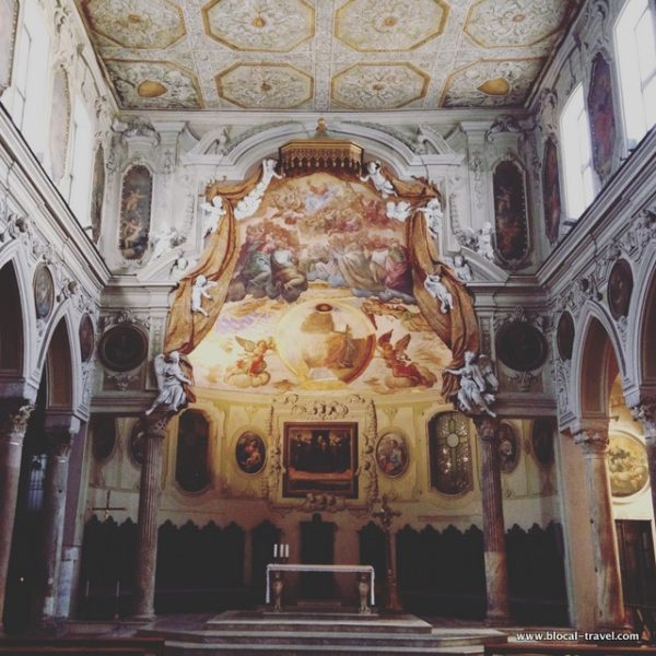 naples cathedral church italy