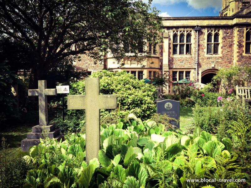 cathedral graveyard cemeteries in bristol