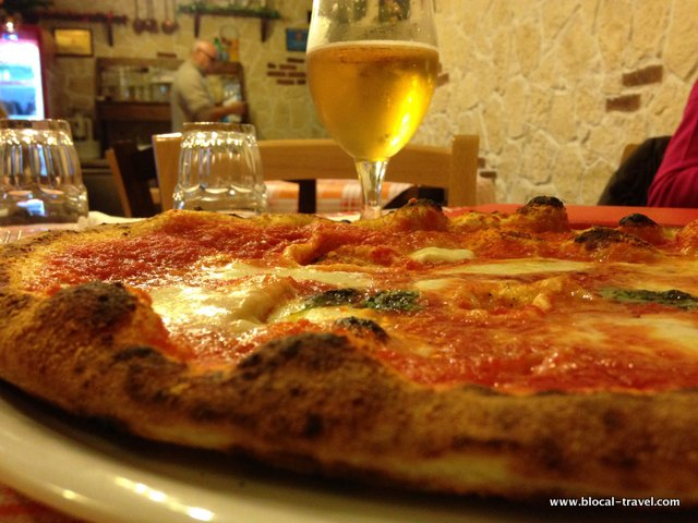 pizzeria vomero pizza places naples