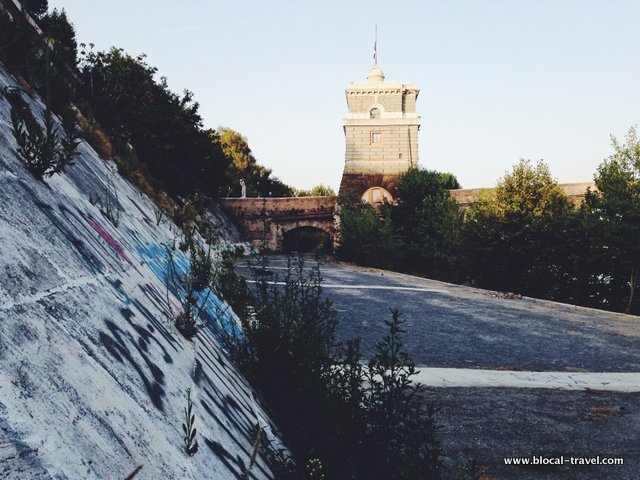 Tevere Northern Rome Urban Walk