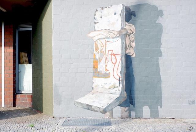 Hyuro street art Berlin