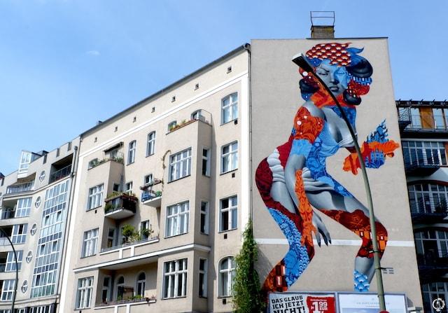 Tristan Eaton mural in Berlin street art
