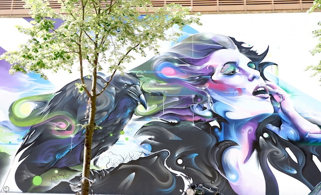 mr cenz mural in berlin street art