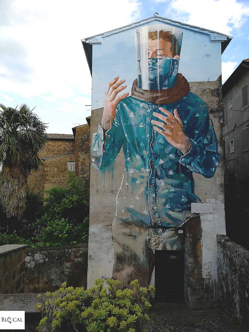 fintan magee street art in italy acquapendente