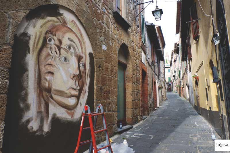 Sara Schoenlank street art in italy