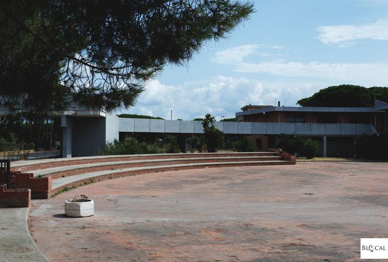 urbex sardinia platamona centro commerciale