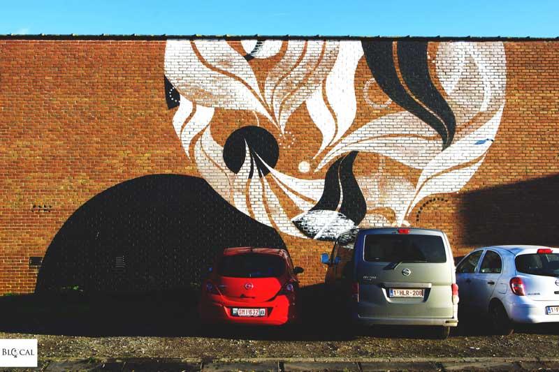 lucy mclauchlan street art in ghent