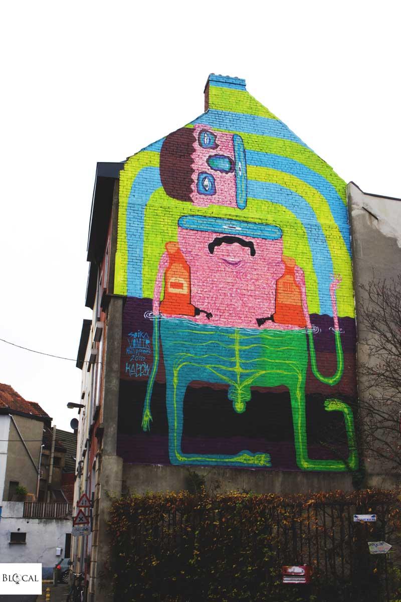 soika vomiter street art in ghent