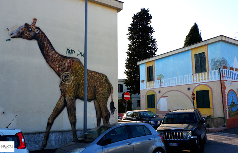 Moby Dick giraffa street art in Trullo Roma