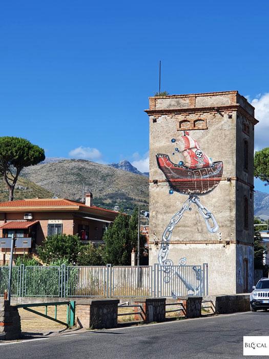 Fanakapan street art in Formia