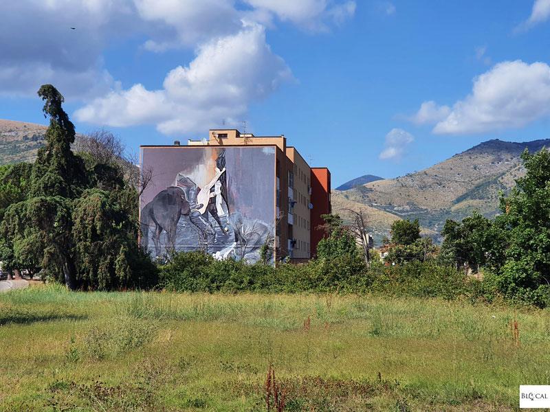 Wasp Elder street art in Fondi