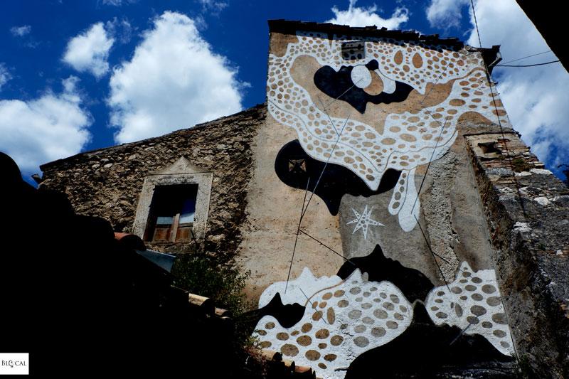 Aris Borgo Universo mural Aielli street art Italy
