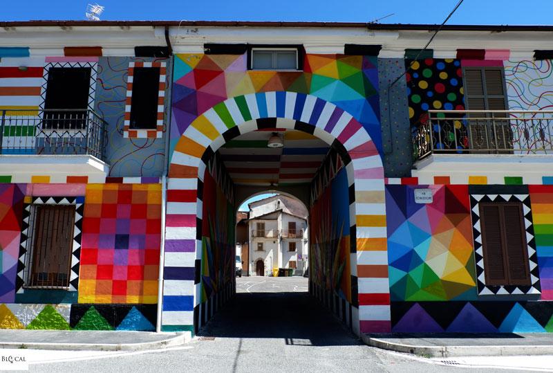 Okuda Borgo Universo street art Italy