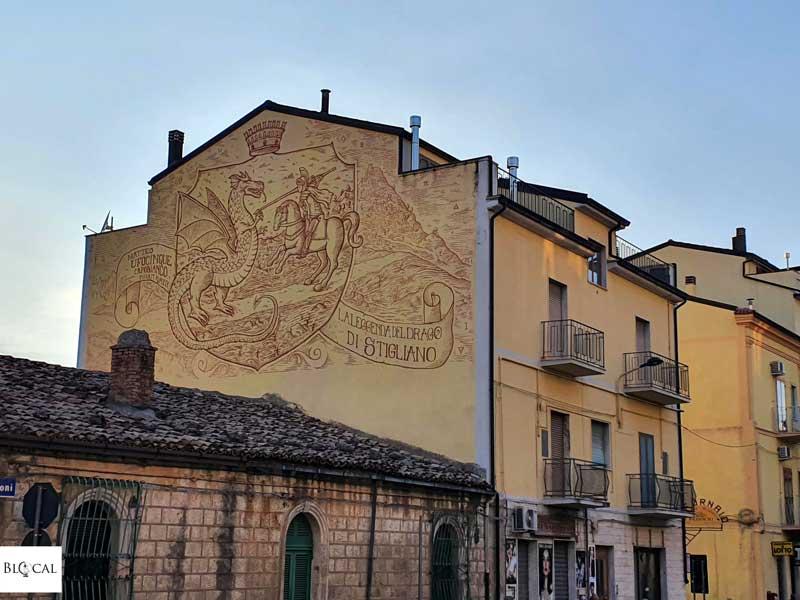 Ufocinque Appartengo festival street art Stigliano Basilicata Italy
